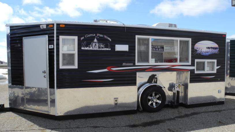 Lake Of The Woods Hybrid Fish House Trailers In Minnesota