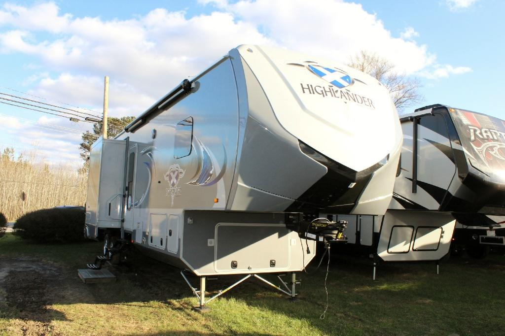 New 2016 Highland Ridge RV Highlander HF38RGR Photo