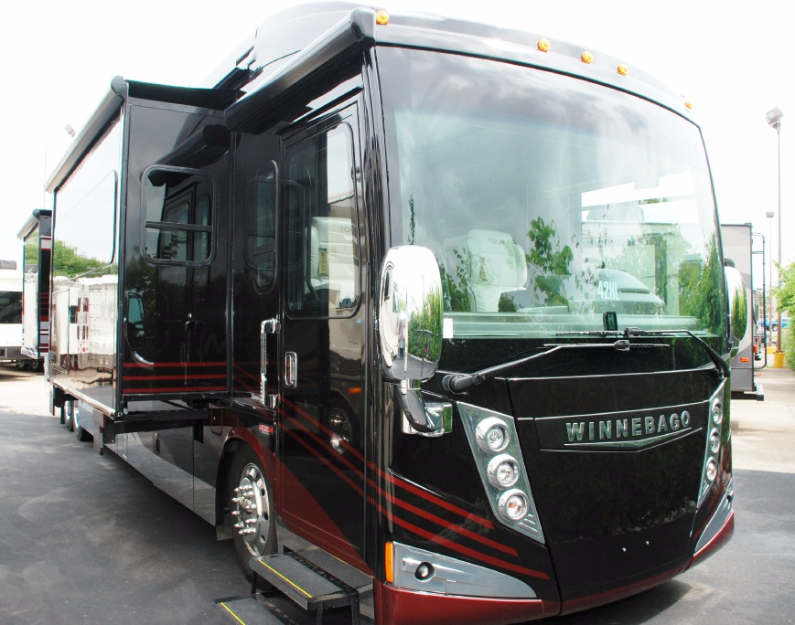 New 2016 Winnebago Grand Tour 42HL Photo