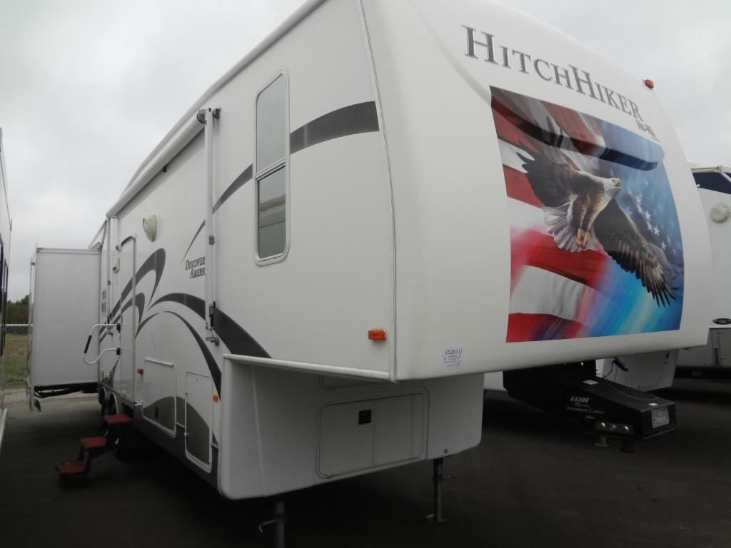 Used 2008 NuWa HitchHiker Discover America 329 RSB Photo