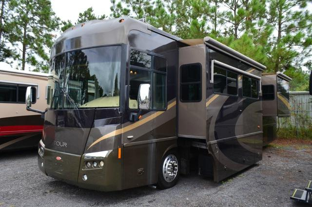 Used Diesel Pusher 2006 Winnebago Tour 36LD Class A Motor Home For Sale DSC 0070