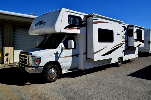 Used 2012 Forest River Sunseeker 2860DS Class C Motorhome For Sale 0001