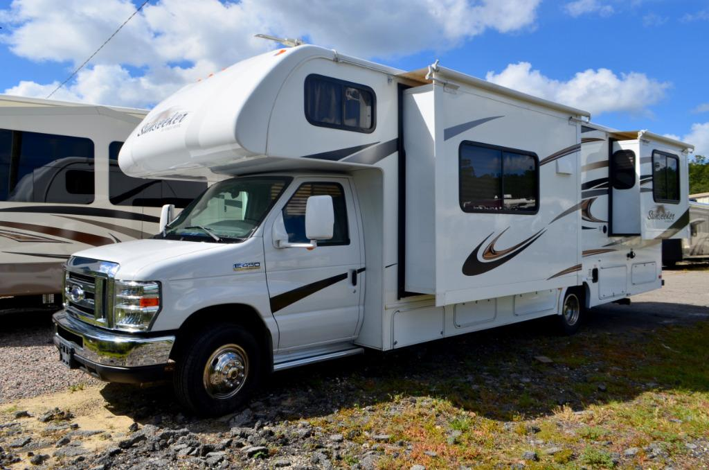 Used 2014 Forest River Sunseeker 2860DS Class C Motor Home For Sale 0337