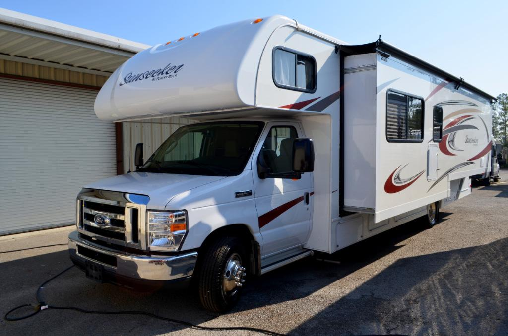Used 2015 Forest River Sunseeker 3050S Class C Motor Home For Sale 0001