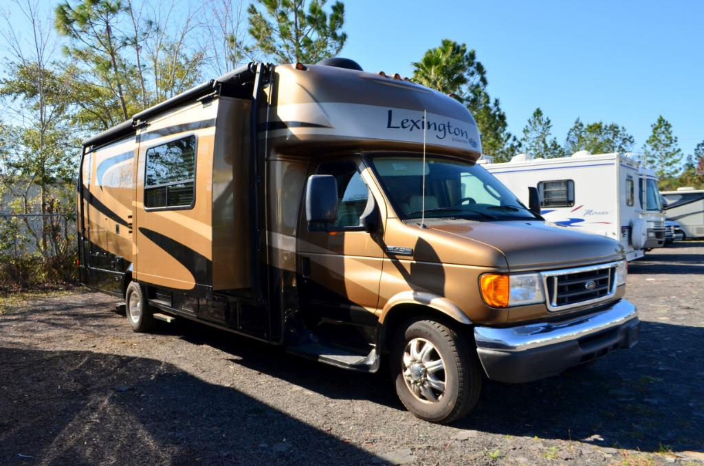 Used 2008 Forest River Lexington Grand Tour Sport 283GTS Class C Motor Home For Sale 0002