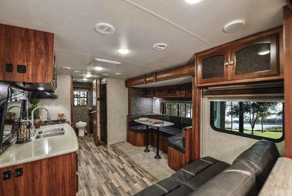 Inside - 2016 North Trail 26LRSS King Travel Trailer