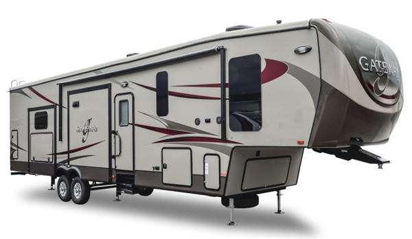 Outside - 2015 Gateway 3200 RS Fifth Wheel