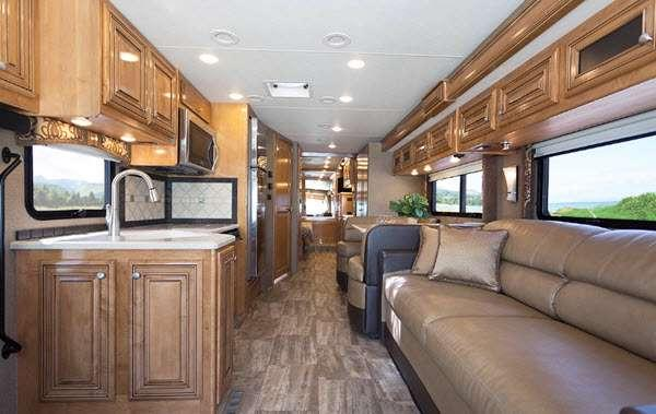 Inside - 2014 Palazzo 35 1 Motor Home Class A - Diesel