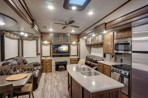 Inside - 2016 Montana High Country 343RL Fifth Wheel