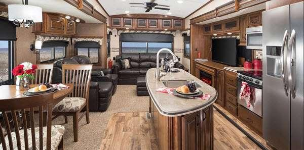 Inside - 2015 Pinnacle 38FLFS Fifth Wheel