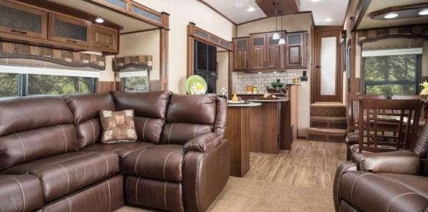 Inside - 2016 Eagle Premier 371FLFS Fifth Wheel