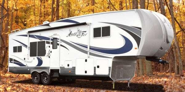 Outside - 2016 Arctic Fox 32-5M Fifth Wheel