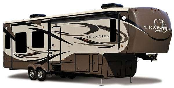 Outside - 2014 Tradition 399BHQS Fifth Wheel