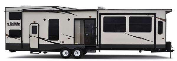 Outside - 2012 Wildwood Lodge 403FB Destination Trailer