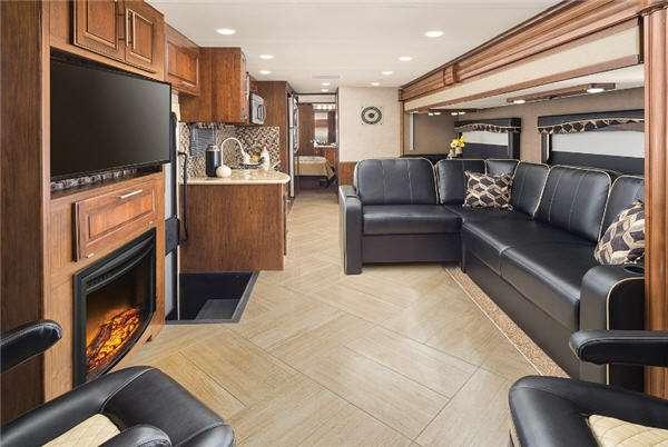 Inside - 2017 Mirada Select 36BH Motor Home Class A