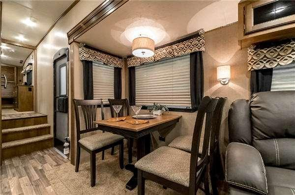 Inside - 2017 Chaparral Lite 295BHS Fifth Wheel
