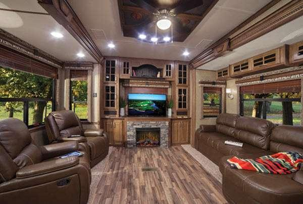 Inside - 2014 Alpine 3650RL Fifth Wheel