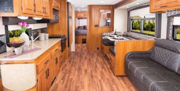 Inside - 2017 Greyhawk 31FK Motor Home Class C
