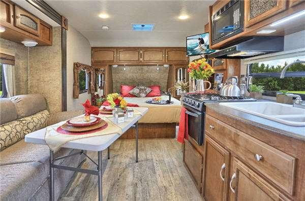 Outside - 2017 Patriot Edition 298REDSLE Travel Trailer