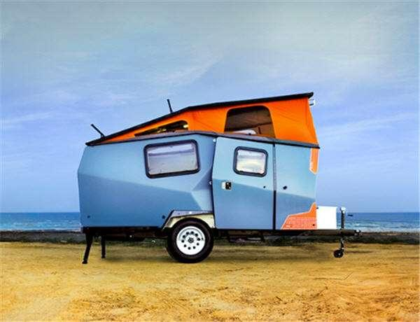 Outside - 2015 Cricket Folding Couch Travel Trailer