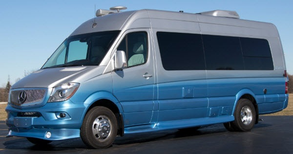 New Dolphin Motor Coach CapeCod A Motor Home Class B for