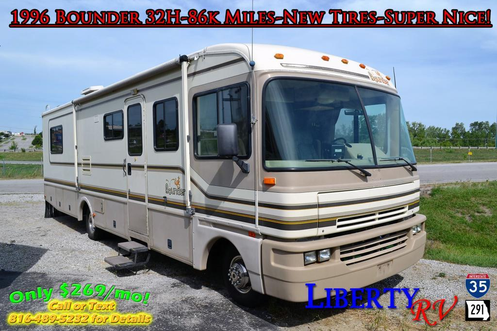 Used 1996 Fleetwood RV Bounder 32H Photo