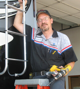 Employment at Lichtsinn Motors