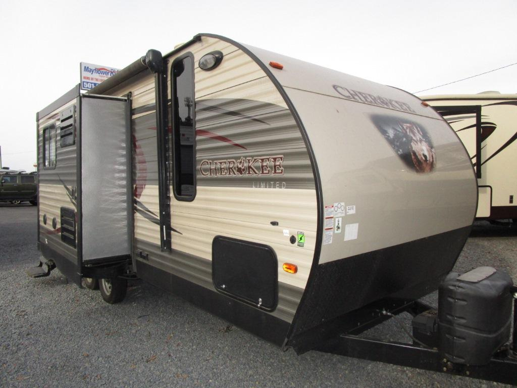 Used 2016 Forest River RV Cherokee 204RB Photo