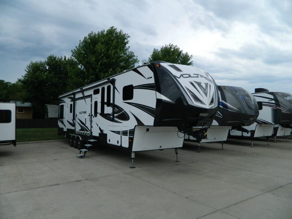 New 2016 Dutchmen RV Voltage V4150 Photo