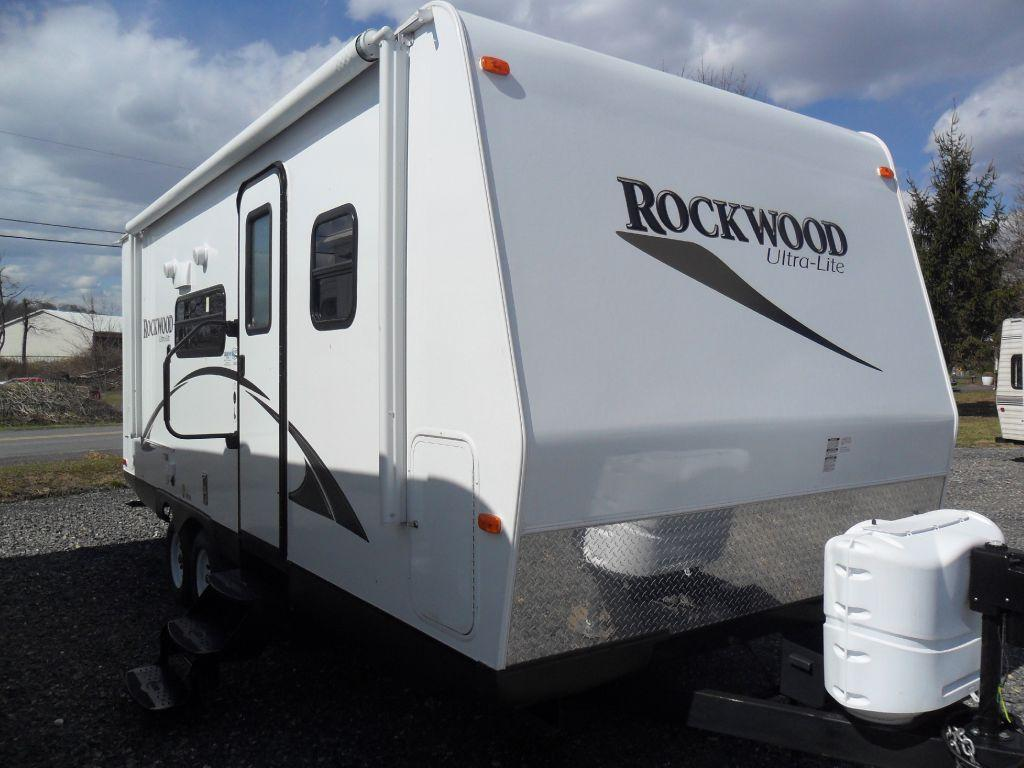 Used 2014 Forest River RV Rockwood Ultra Lite 2304S Photo
