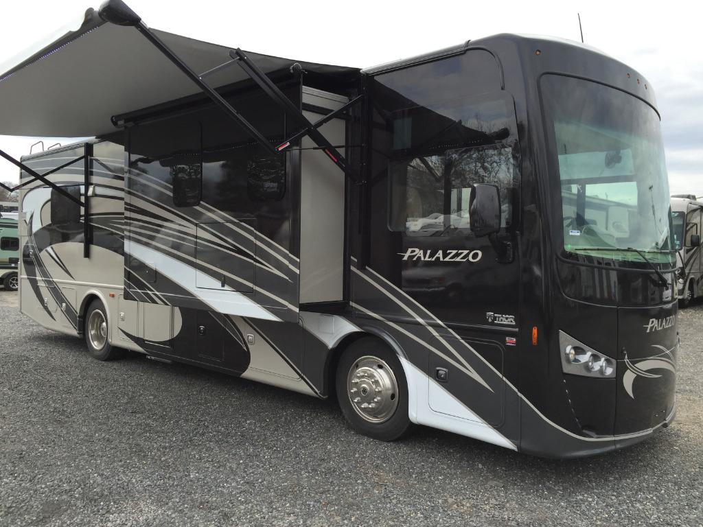 New 2016 Thor Motor Coach Palazzo 33.4 Photo