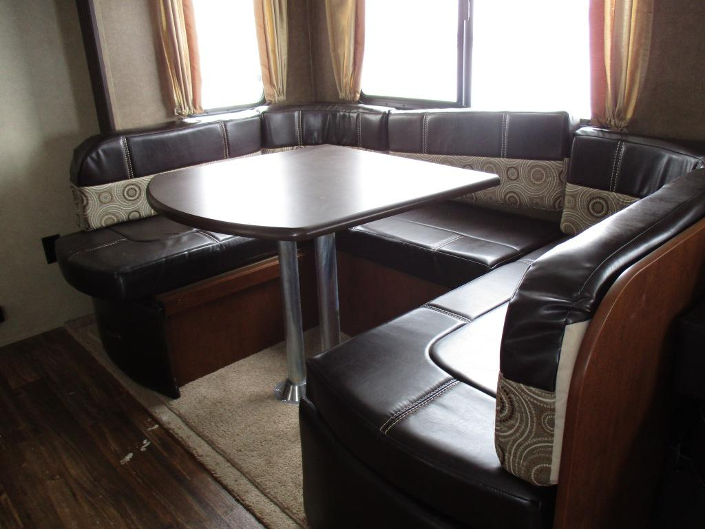 New 2016 Forest River RV Vibe 272BHS Photo