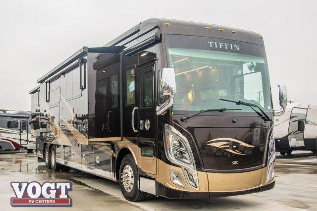 New 2019 Tiffin Motorhomes Zephyr 45 PZ Motor Home Class A